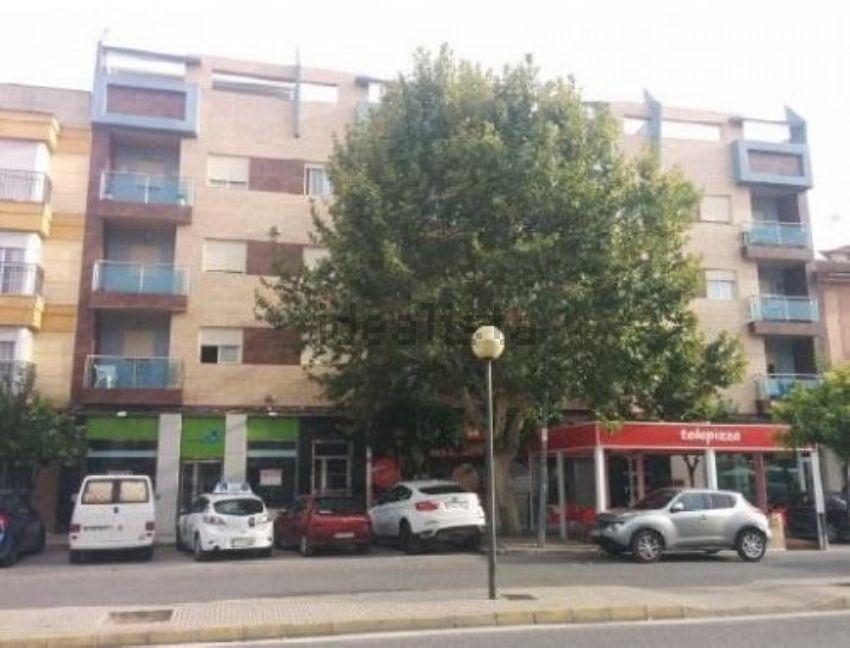 Piso en calle federico garcía lorca, Lucena