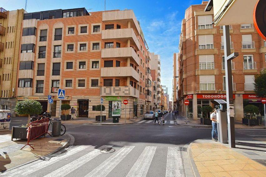 Piso en calle san leonardo, Centro Rambla - Plaza de Toros, Almería