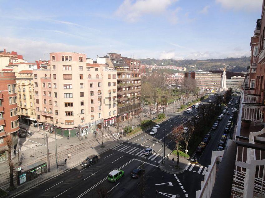 Piso en avenida Sabino Arana, Sabino Arana-Jesuitas, Bilbao