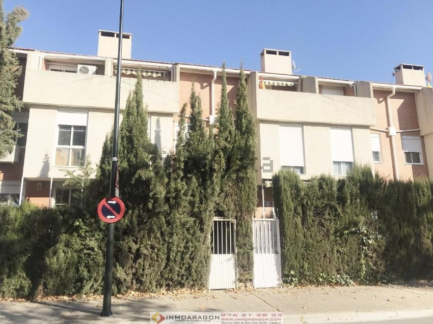 Chalet adosado en calle 36 sagrada monzalbarba, 27, Casetas - Garrapinillos - Mo