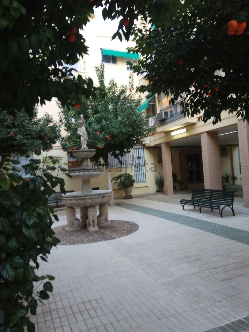 Piso en calle Febo, 31, Pagés del Corro-López de Gomara, Sevilla