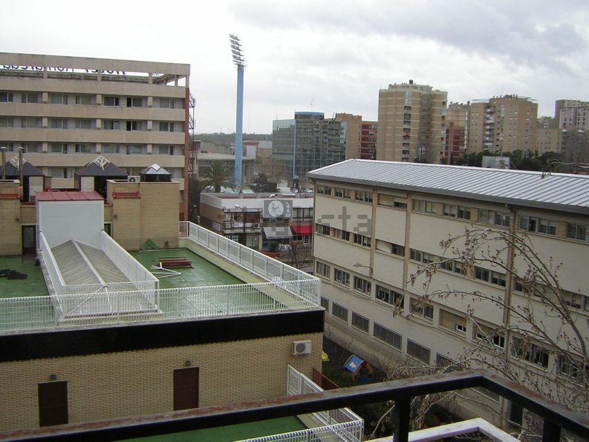 Piso en calle de Asín y Palacios, Pol Universidad Romareda, Zaragoza
