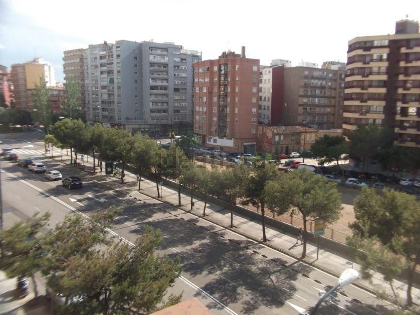 Piso en calle de José Anselmo Clavé, Doctor Cerrada, Zaragoza