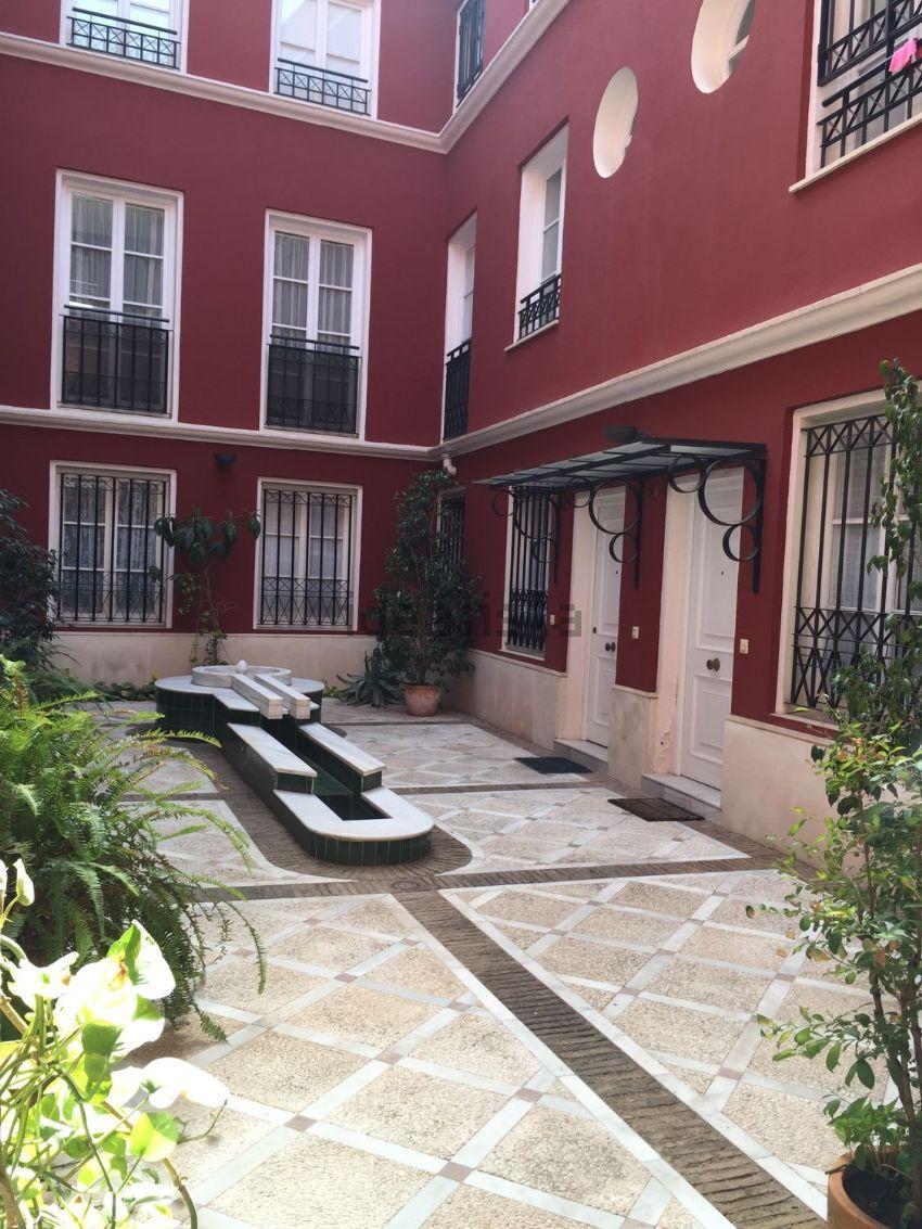Piso en calle Lirio, Santa Cruz - Alfalfa, Sevilla
