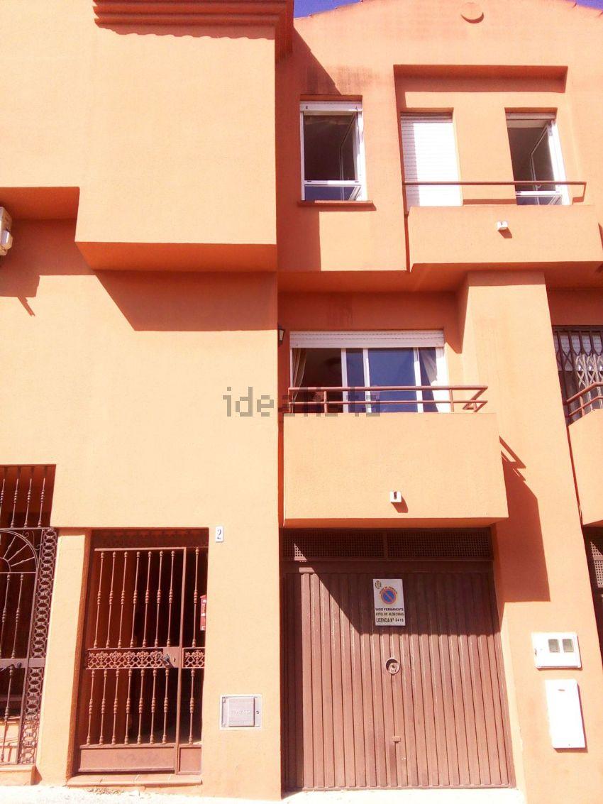 Chalet adosado en avenida de América, 2, La Granja - La Colina - Los Pastores, A