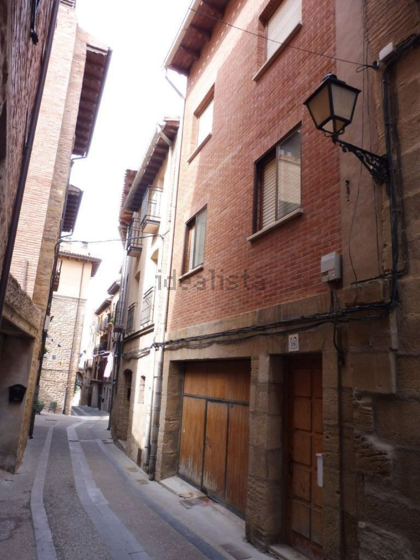 Piso en calle san miguel, Viana