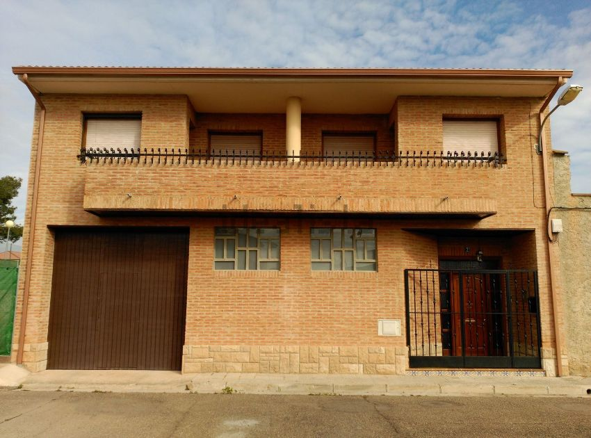 Casa o chalet independiente en plaza Aragón, 2, Luceni