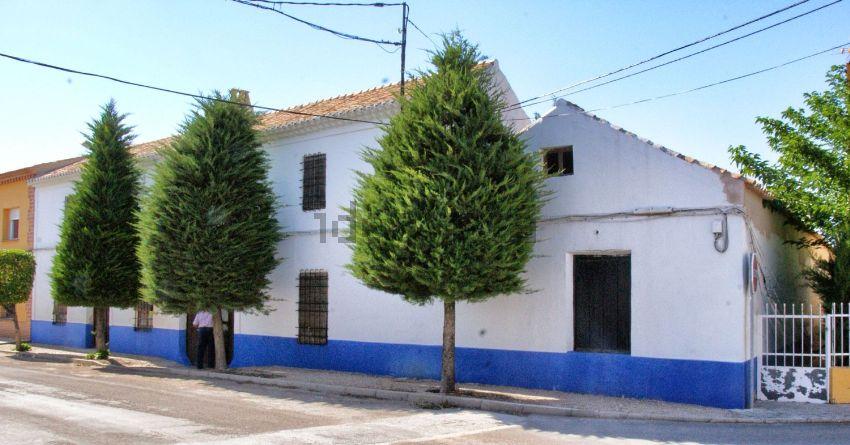 Casa de pueblo en avenida Campo de Criptana, 18, Arenales de San Gregorio