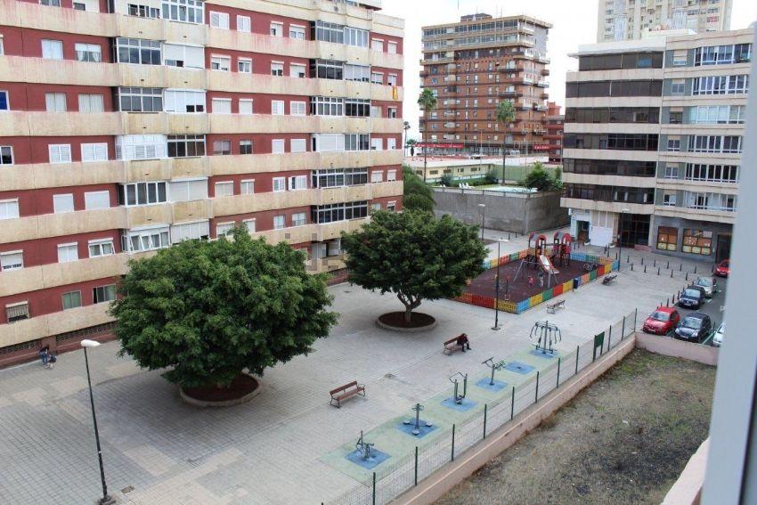 Piso en Avenida Alcalde José Ramirez Bethencourt, 4, Arenales - Lugo - Avda Marí