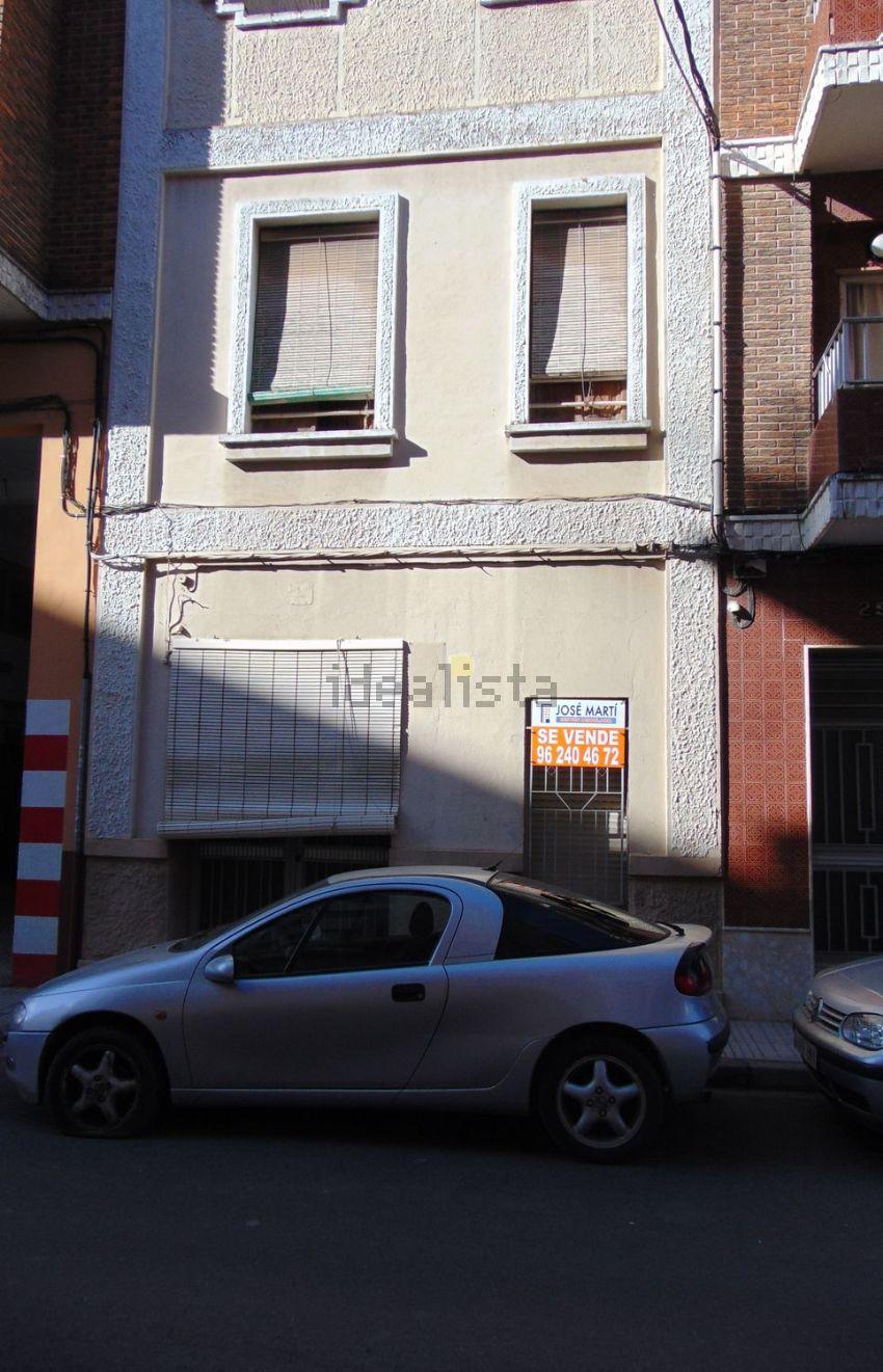 Chalet adosado en Alquenència-Venècia, Alzira