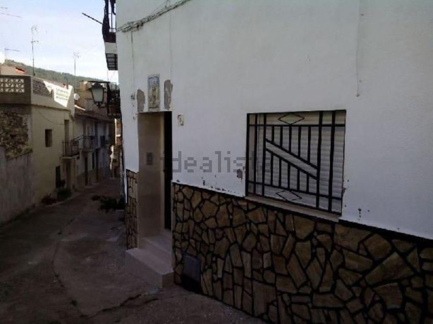 Chalet adosado en Sant Isidre, 9, Eslida