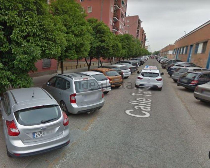 Piso en Reina Mercedes - Heliópolis, Sevilla
