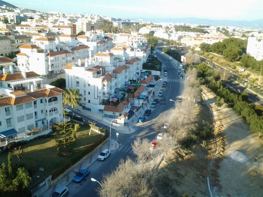 Piso en calle carloya alessandri, Montemar, Torremolinos