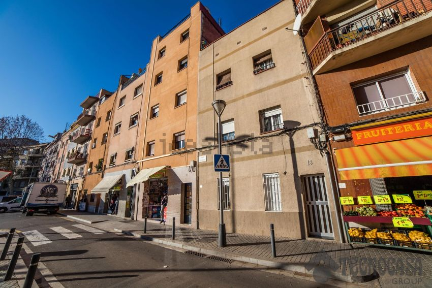 Piso en calle ausona, La Trinitat Vella, Barcelona