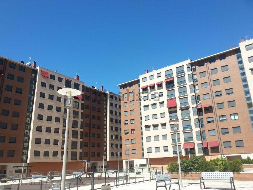 Piso en calle Jose Luis Pecker, s n, Centro, Ponferrada
