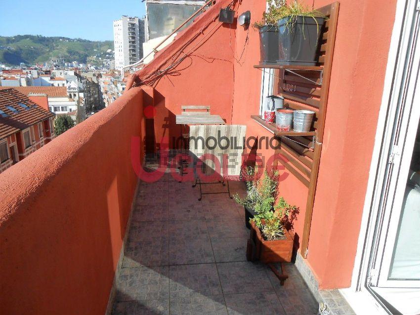 Pisos con terraza en barcelona madrid y otras ciudades de for Pisos baratos en bilbao