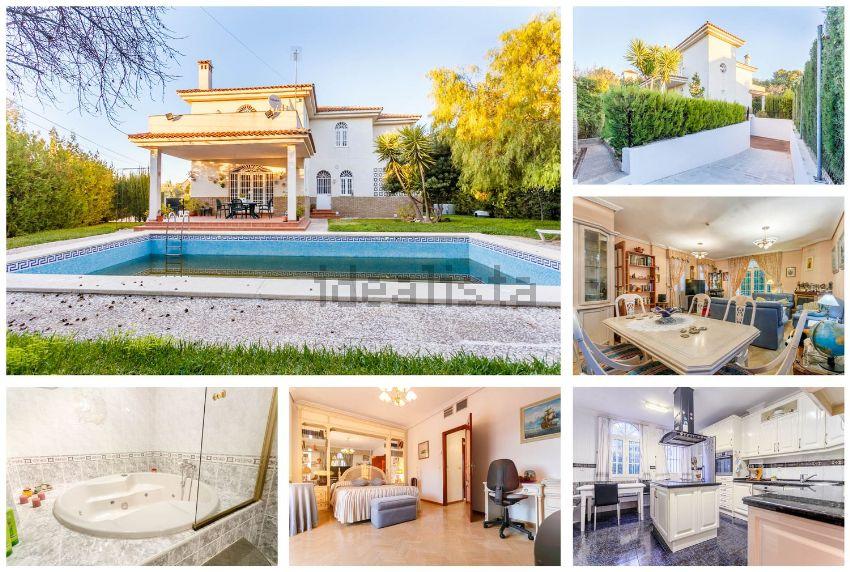 Casa o chalet independiente en calle las Tuyas, Nuevo Bulevar, Mairena del Aljar