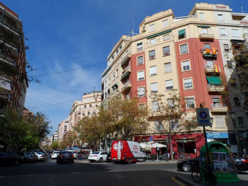 Piso en JUAN LLORENS, La Petxina, València