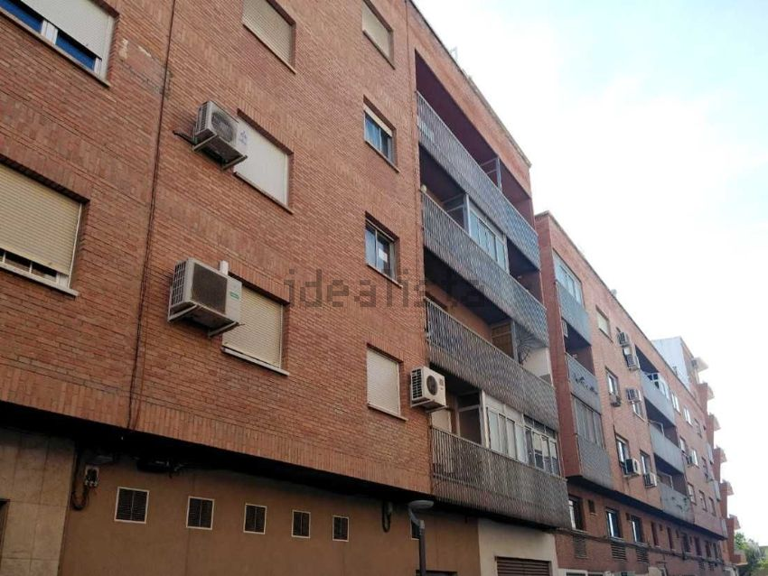 Piso en calle Isaac Albéniz, Belén - San Roque, Jaén
