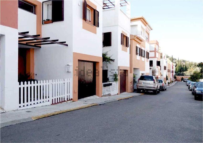 Chalet adosado en puerta de martos, Santa Isabel, Jaén