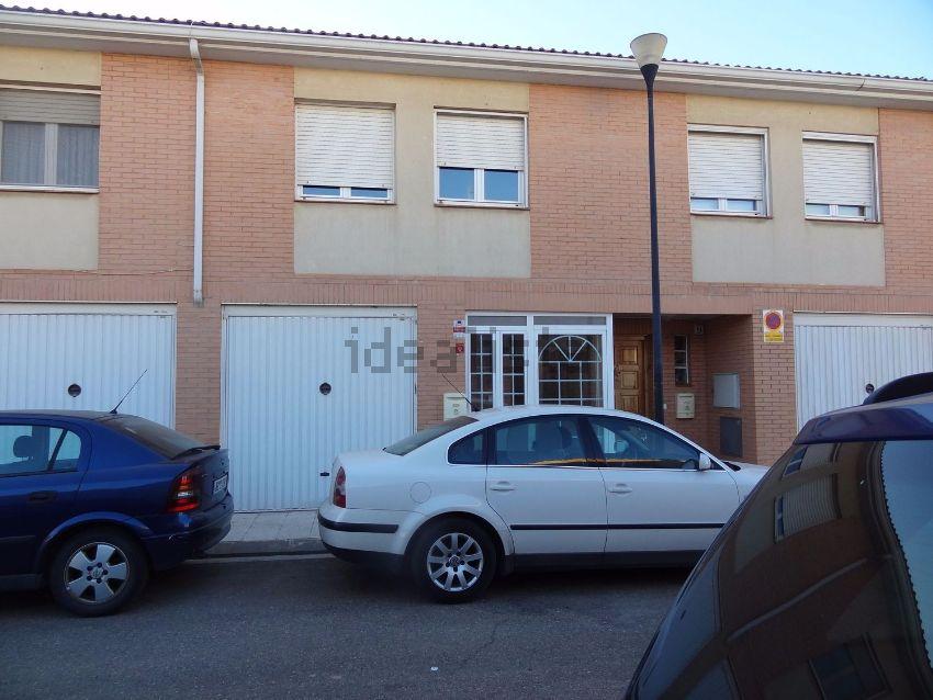 Chalet adosado en calle Alcalá de Ebro, 7, La Joyosa