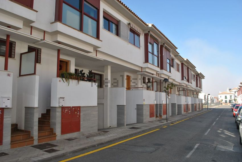 Chalet adosado en calle Marie Curie, 80, San Miguel, Armilla