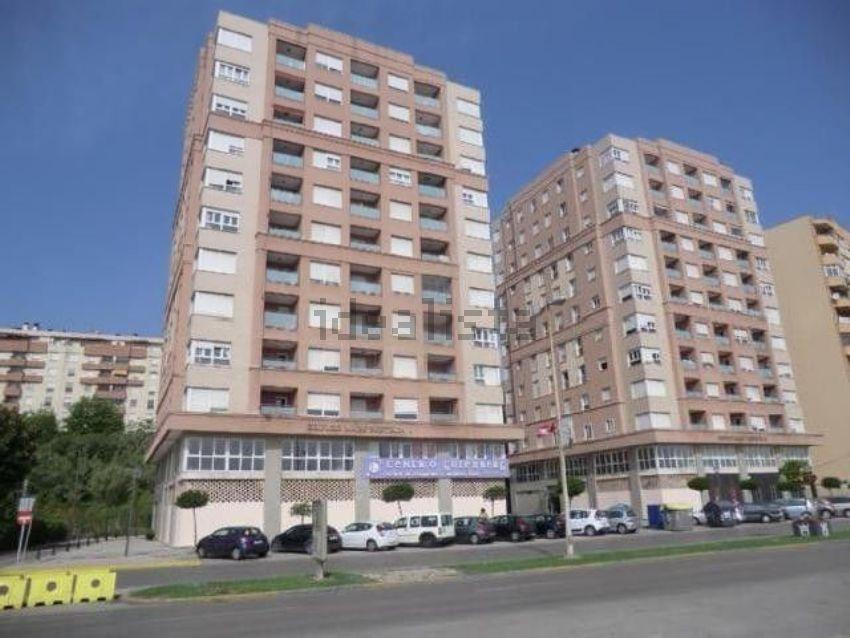 Piso en avenida Virgen del Carmen, 61, La Reconquista - El Ensanche, Algeciras