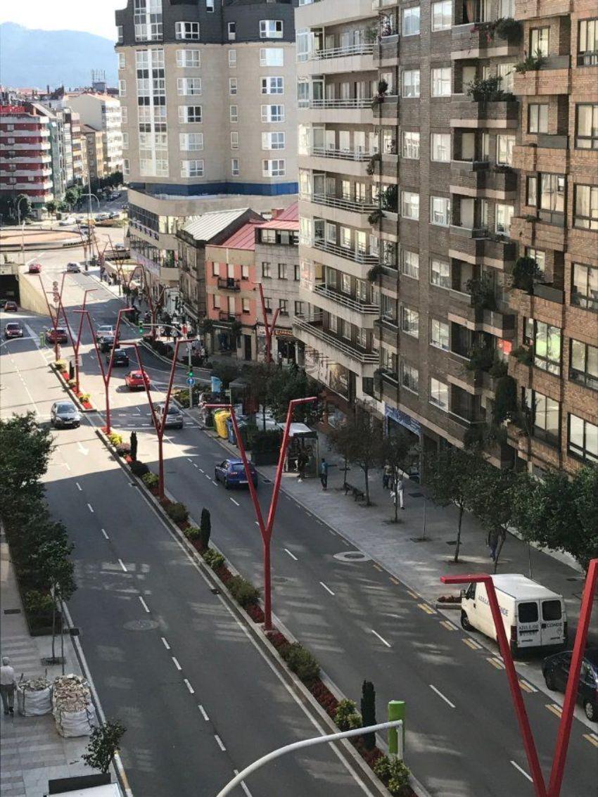 Piso en Pintor Laxeiro, Pz Independencia, Vigo