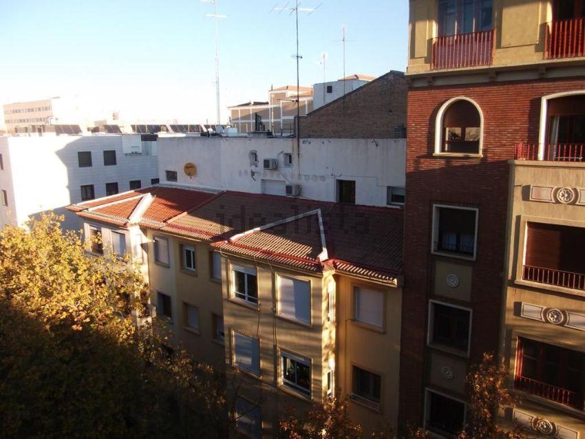 Piso en GIMENEZ SOLER, Universidad San Francisco, Zaragoza