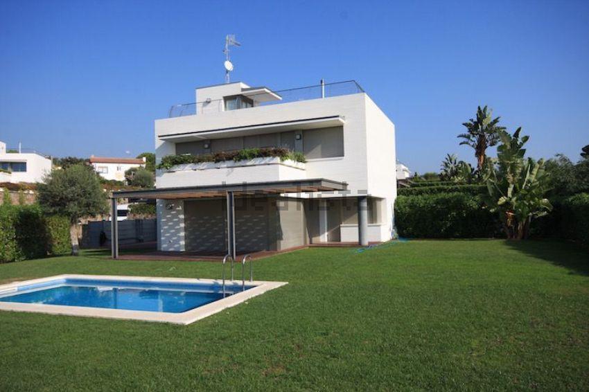 Casa o chalet independiente en calle Can Calella, Sant Vicenç de Montalt