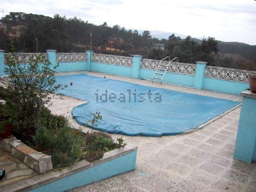 Chalet piscina ma anet de la selva idealista labs for Piscina la selva