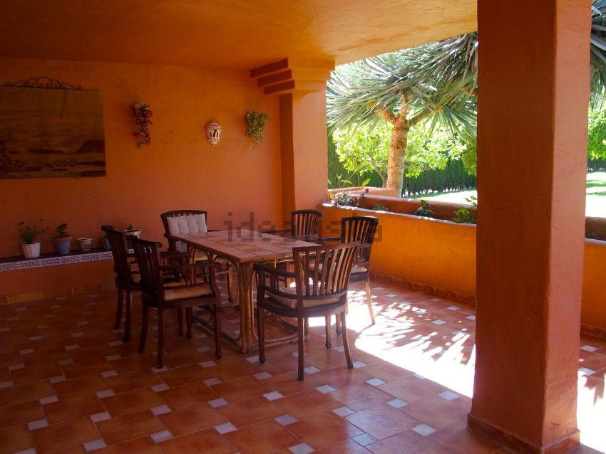 Piso en alhambra de golf, 35, Atalaya-Isdabe, Estepona