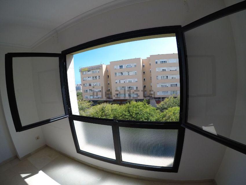 Piso en avenida Pintor Felo Monzón, 30, Siete Palmas, Las Palmas de Gran Canaria