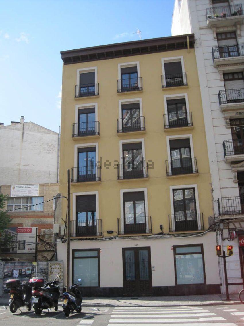 Ático en calle coso, La Magdalena, Zaragoza