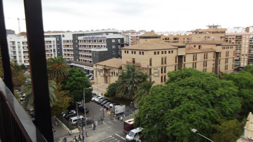 Piso en calle del Doctor Manuel Candela, Albors, València