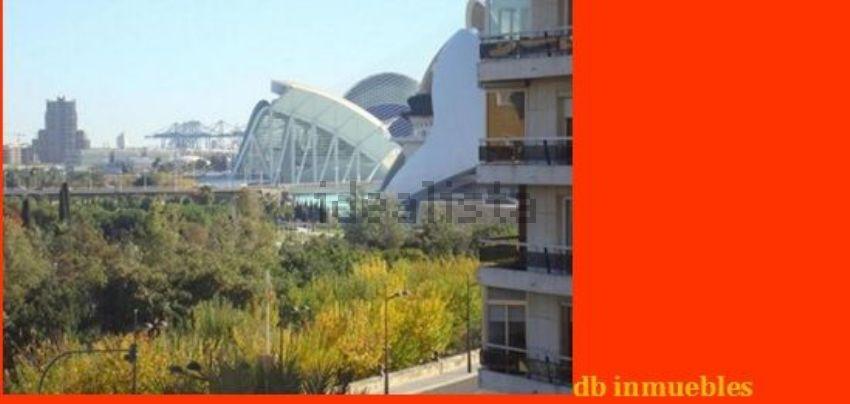 Piso en avenida del Regne de València, Mont-Olivet, València