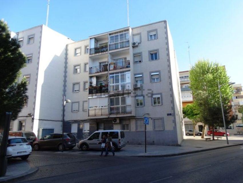 Piso en calle Guindales, Zona Renfe, Alcorcón