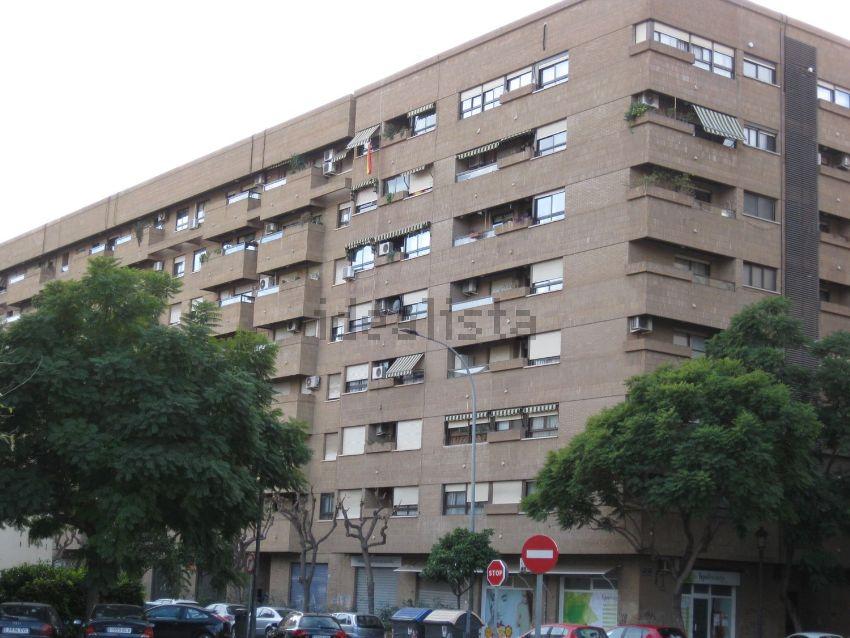 Piso en calle de Fra Juníper Serra, Vara de Quart, València
