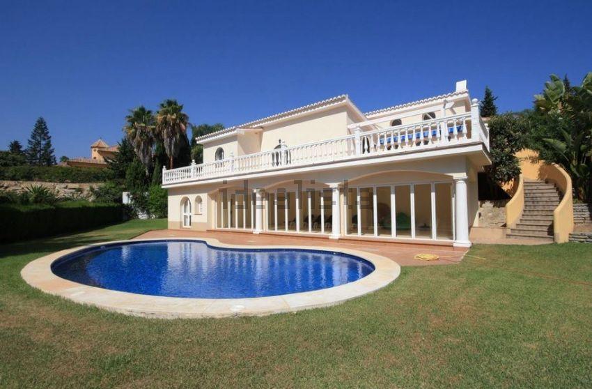 Casa o chalet independiente en Las Chapas-El Rosario, Marbella