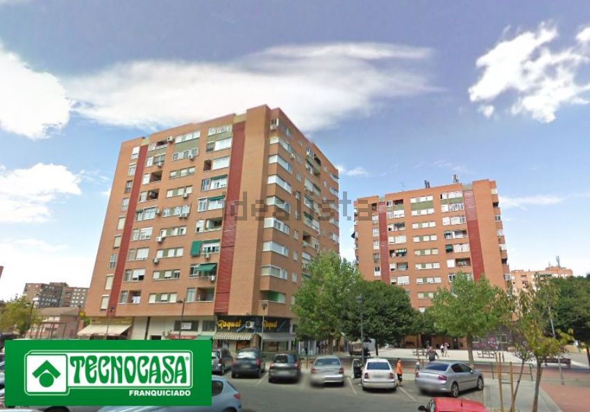 Piso en calle de Holanda, El Carrascal, Leganés