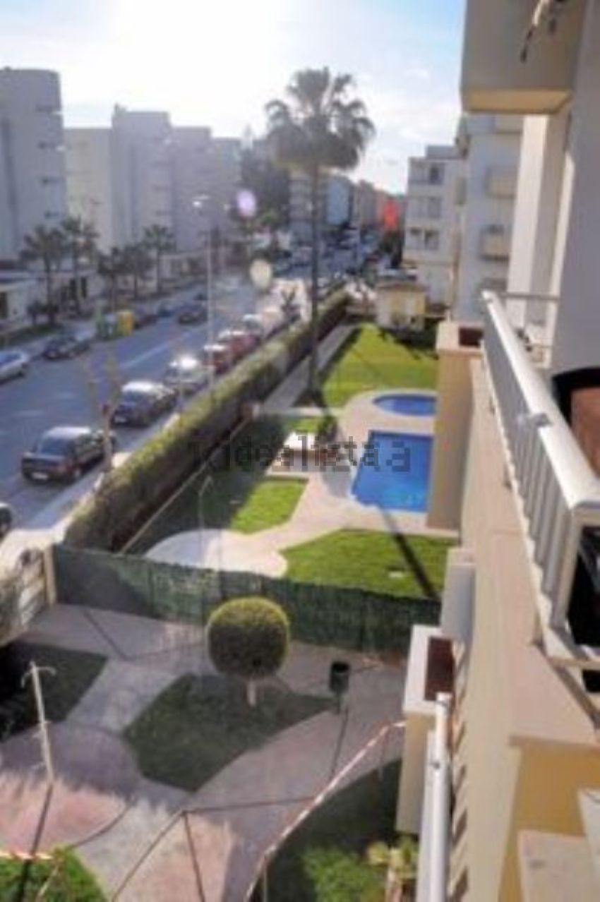 Piso en avenida del Mediterráneo, Playa del Rincón, Rincón de la Victoria