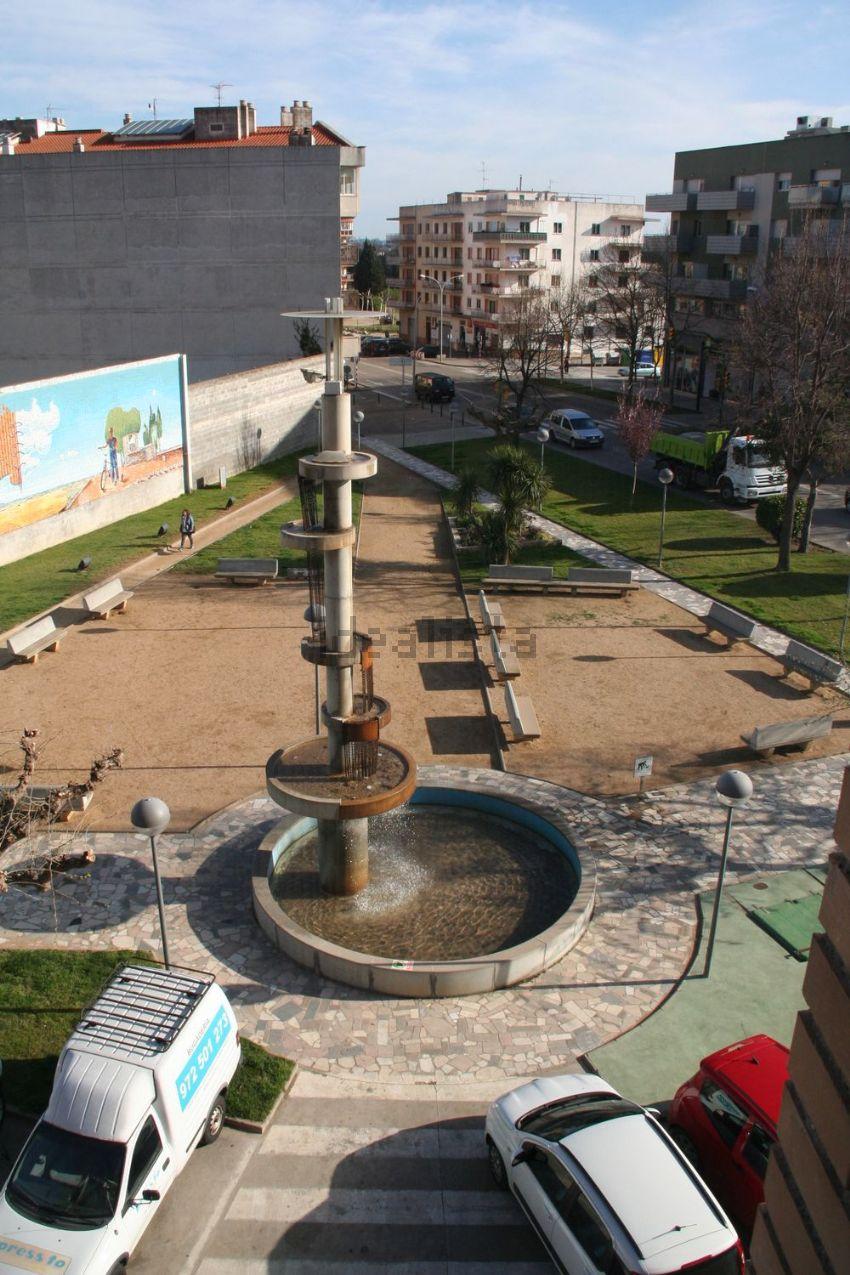 Piso en plaza Villa d Ordis, Creu de la Ma - Rally sur, Figueres