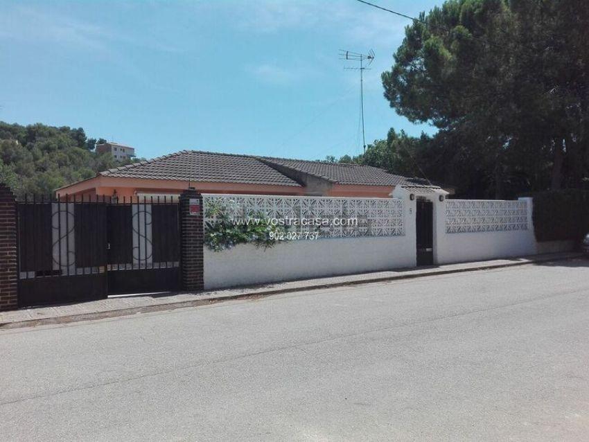 Chalet en calle albacete, La Loma, Chiva
