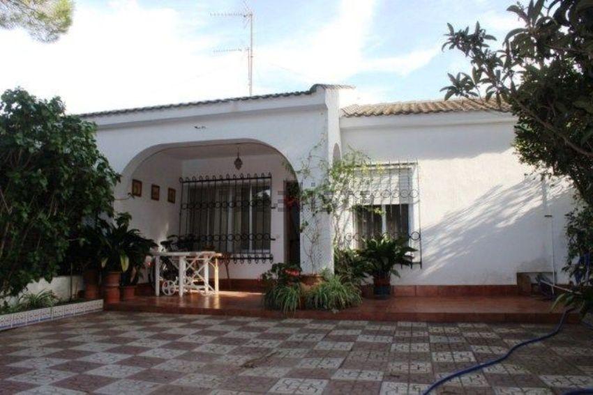 Chalet adosado en Sancti Petri - La Barrosa, Chiclana de la Frontera