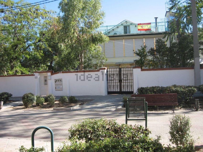 Chalet adosado en calle Puerto de Santa María, 10, Conde Orgaz-Piovera, Madrid