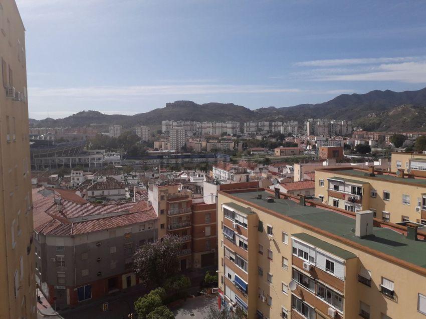 Piso en calle Obispo Bartolomé Espejo, Mangas Verdes - Las Flores, Málaga