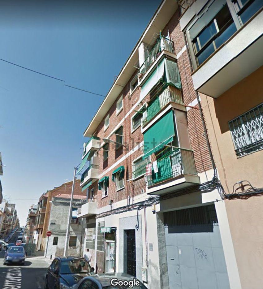 Piso en calle Ferroviarios, Almendrales, Madrid