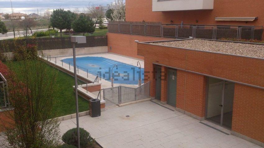 Piso en calle Monasterio de Sobrado, 6, Montecarmelo, Madrid