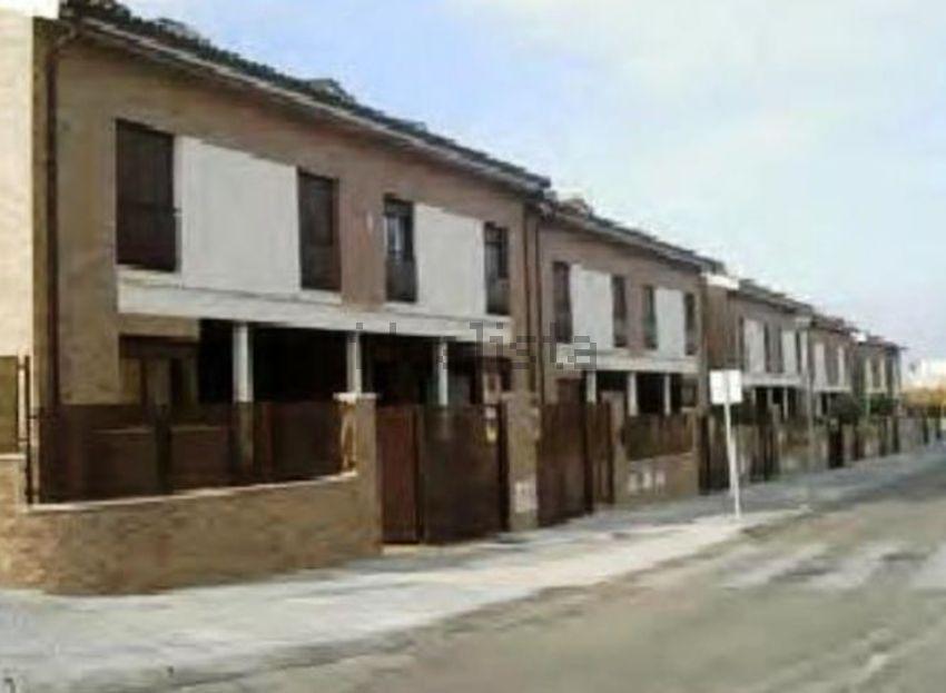 Chalet adosado en calle Melero Alcarreño, Los Valles-San Vazquez-El Fuerte, Guad