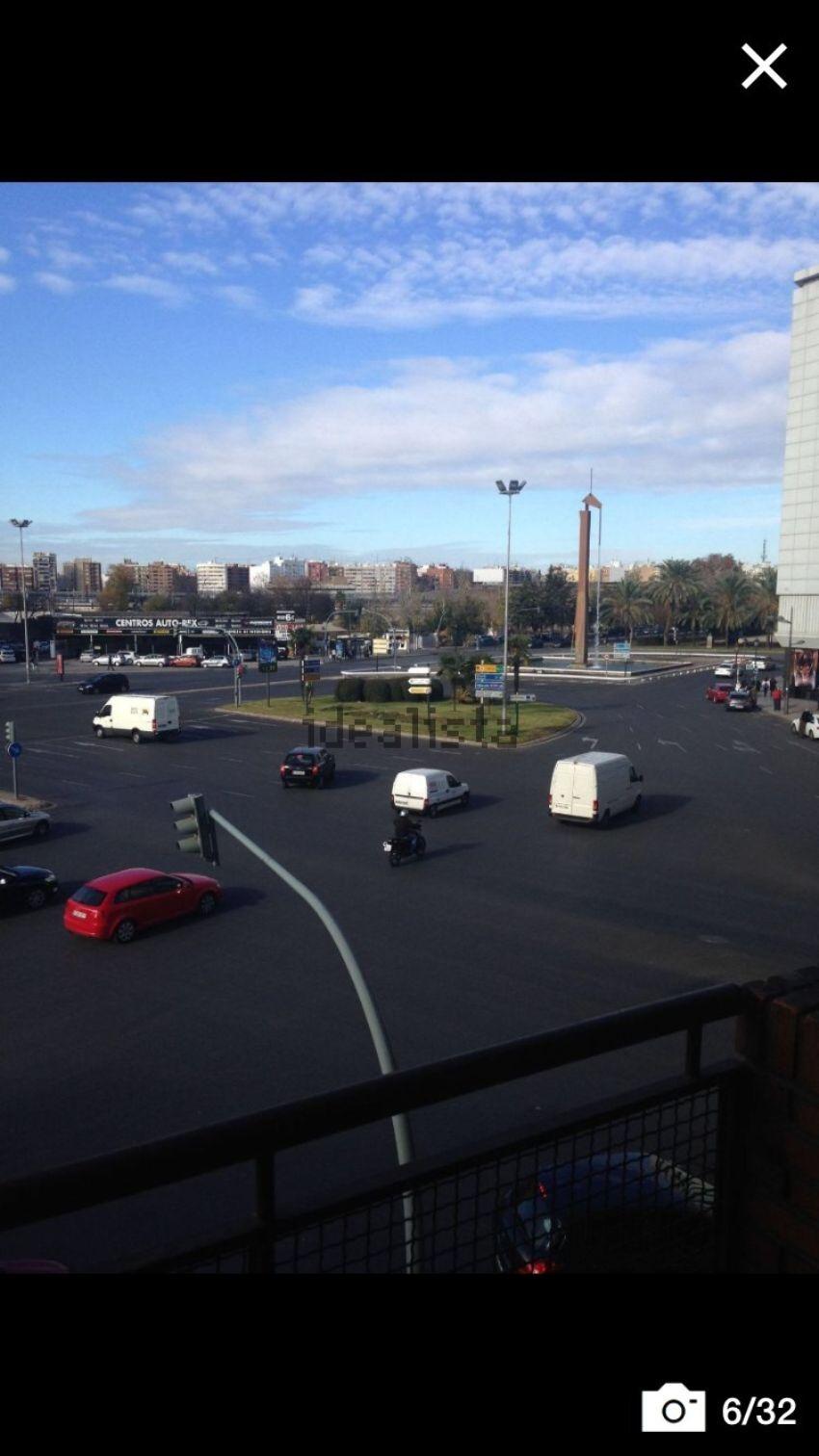 Piso en avenida del doctor waksman, 1, En Corts, València